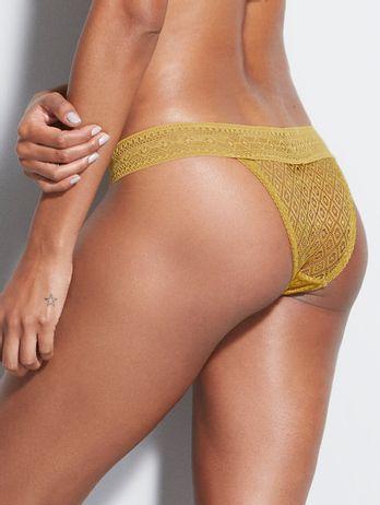 Calcinha Biquíni Em Renda Amarelo Ambar