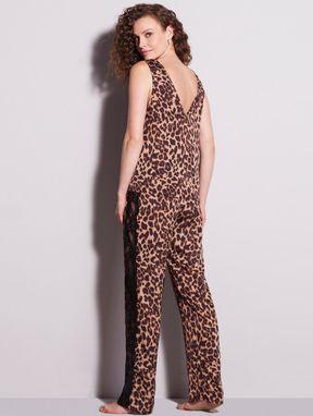 Pijama Longo Em Cetim Com Detalhe Em Renda Charlotte Estampa  Onca Preto