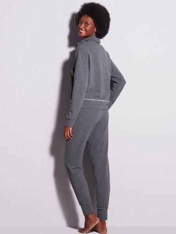 Pijama Longo Com Gola Alta Franzida Em Moletom Lisa Mescla Chumbo